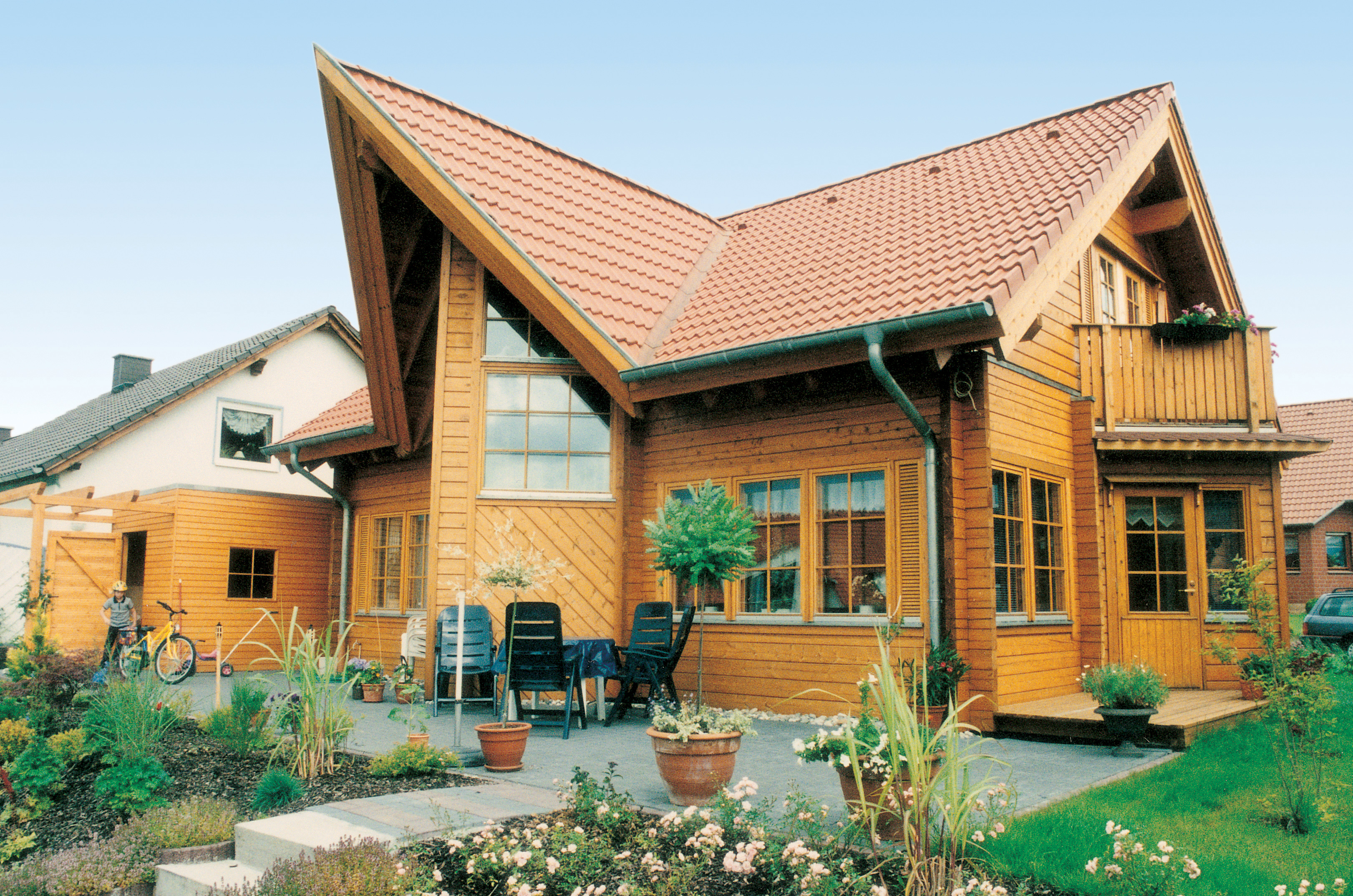 Euro 143 Wooden house