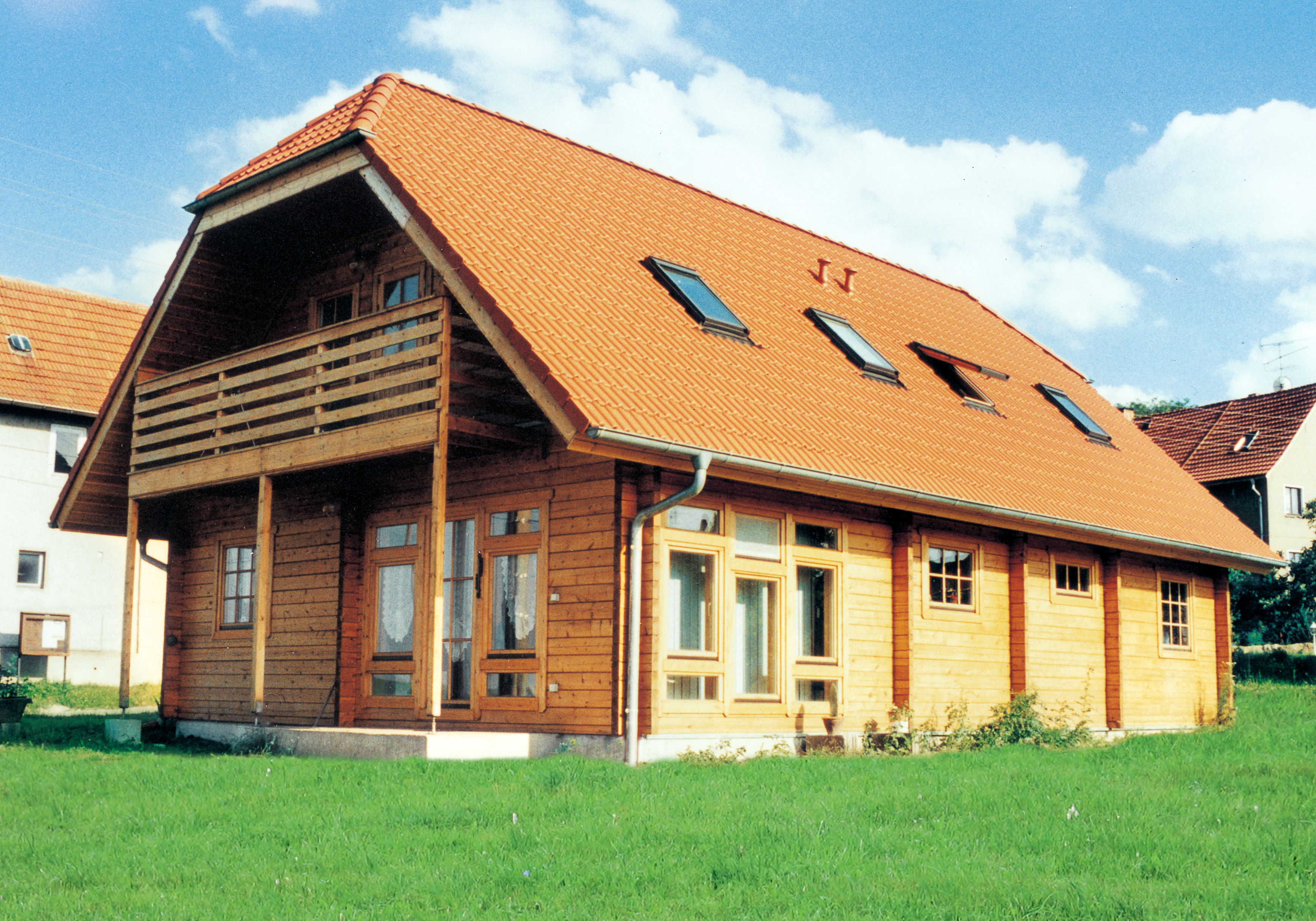 Euro 192 Wooden house